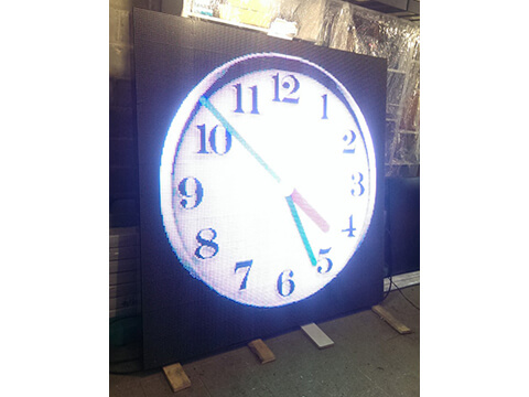 Электронные часы уличные, термометры